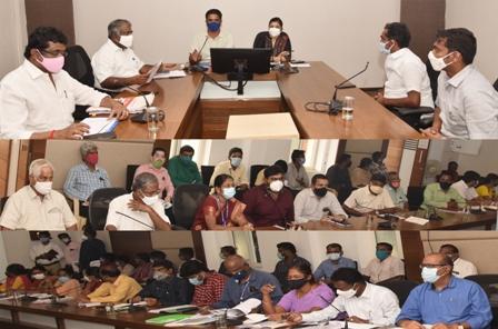 commissioner meeting photo