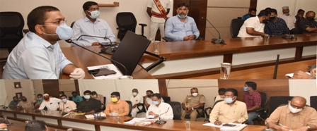 commissioner meeting photo